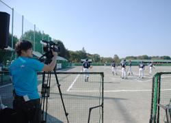 写真:障害者スポーツの大会の動画撮影