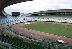 写真:閑散としたスタジアム