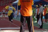 ガイドの声を頼りに跳ぶマレーシアの選手―フェスピック クアラルンプール大会にて