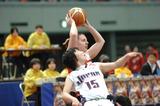 体格の差はテクニックで補う―2008国際親善女子車椅子バスケットボール大阪大会