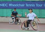車いすテニス    写真提供/飯塚国際車いすテニス大会事務局