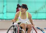 車いすテニス 上地結衣    写真提供/飯塚国際車いすテニス大会事務局