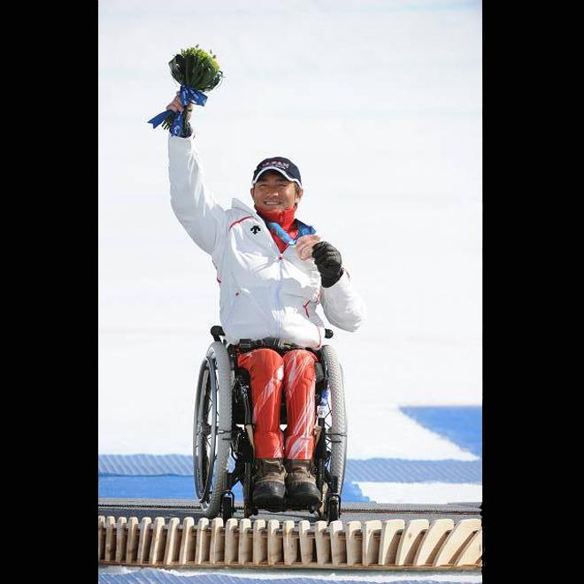 バンクーバー スーパー大回転座位で銅メダルを獲得した森井大輝選手