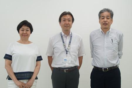 写真:左から伊藤、田中、二宮
