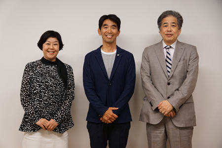 写真:左から伊藤、中竹、二宮