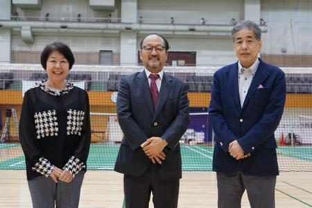 写真:左から伊藤、平野、二宮