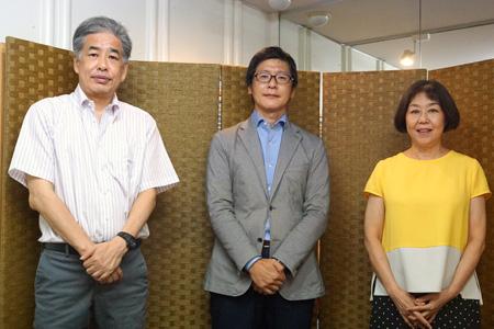 写真:左から二宮・越川・伊藤