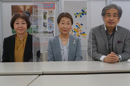 写真:左から伊藤・白石・二宮