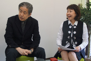 二宮清純と伊藤数子編集長