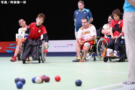 写真:ロンドン2012パラリンピック ボッチャ日本代表混合団体 1次リーグ第2試合・スぺイン戦 阿部謙一郎撮影