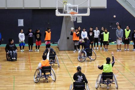 オリジナルルールでバスケットボールを楽しみました!<img alt=